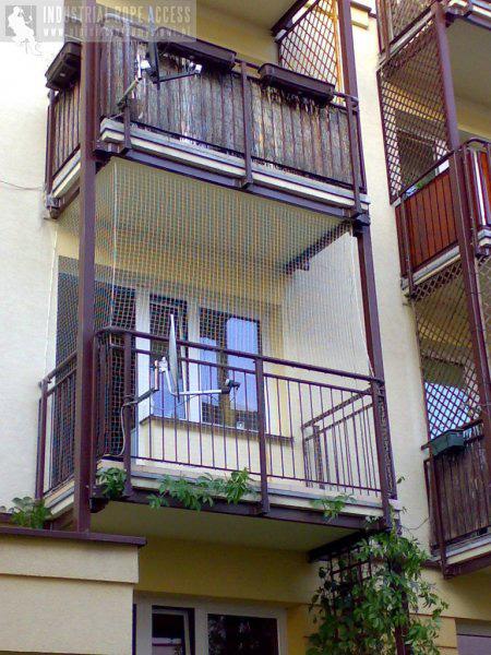 Siatki na balkon na kota