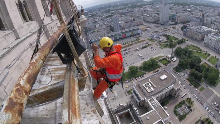 praca alpinisty przemyslowego