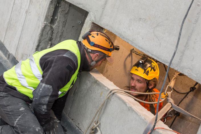 szachty-techniczne-w-budynku-bloku-kamienicy-obsługa-techniczna-(9)